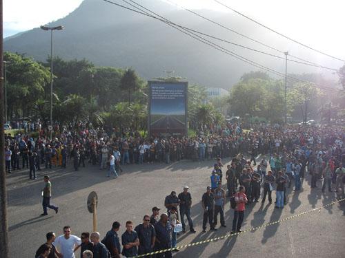 Sindicato realiza manifestação pela segurança e saúde