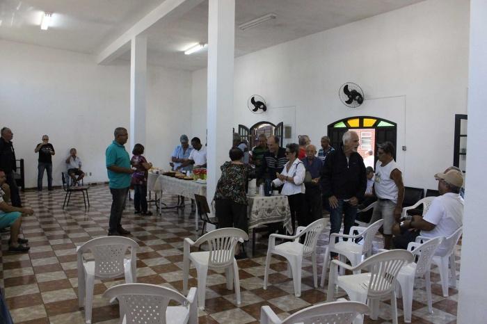 Reunião dos aposentados com café da manhã em Cubatão